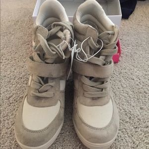 Shoes - NEW - Wedge Sneakers - beige